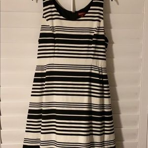 Sleeveless black and white stripe dress